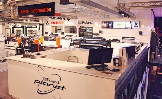 Roland Planet Stores