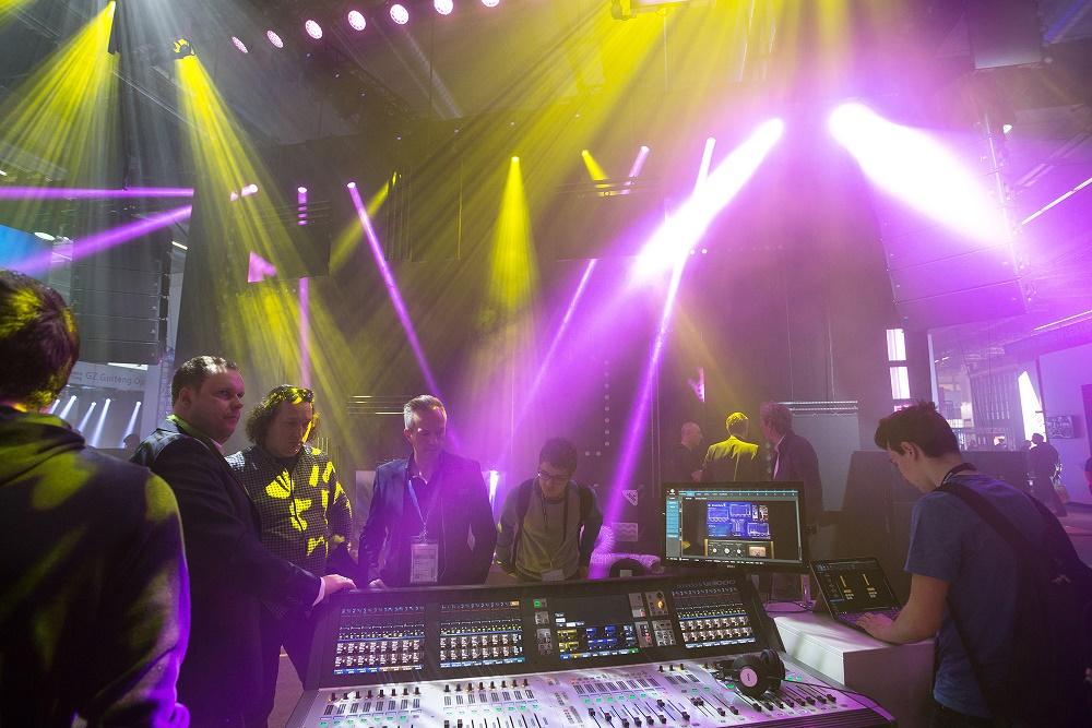 Prolight+Sound 2017 NoModelrelease Foto : Jochen Günther / Messe Frankfurt  B i l d d a t e n b a n k :  www.jgfoto.de